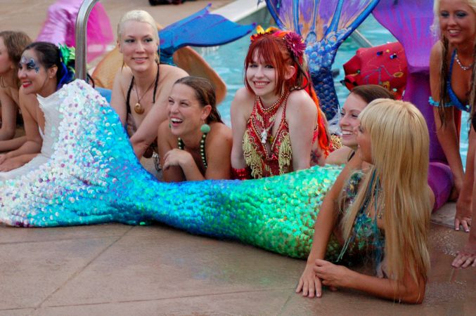 Mermaid Convention Photography #287<br>3,008 x 2,000<br>Published 6 months ago